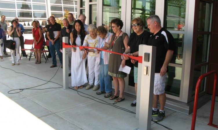 Cutting Pool Ribbon